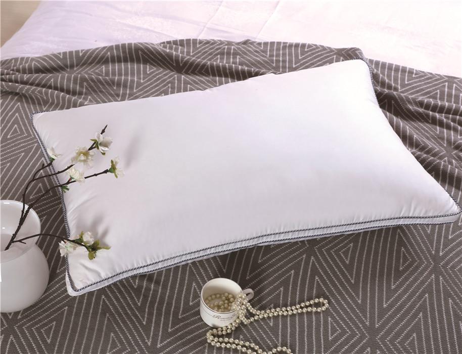 白色双层立体万博manbetx官网手机版枕