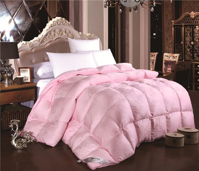 粉色天丝羽绒被